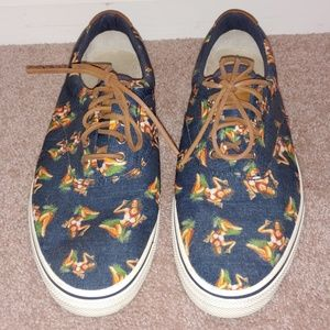 Hula dancer BASS shoes